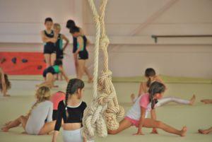 Художественная гимнастика девочке